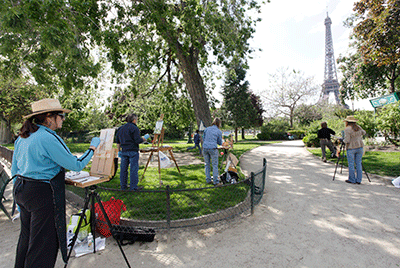 Niki-Gulley-Scott-Williams-art-trek-Paris-eiffel-tower-painting-group